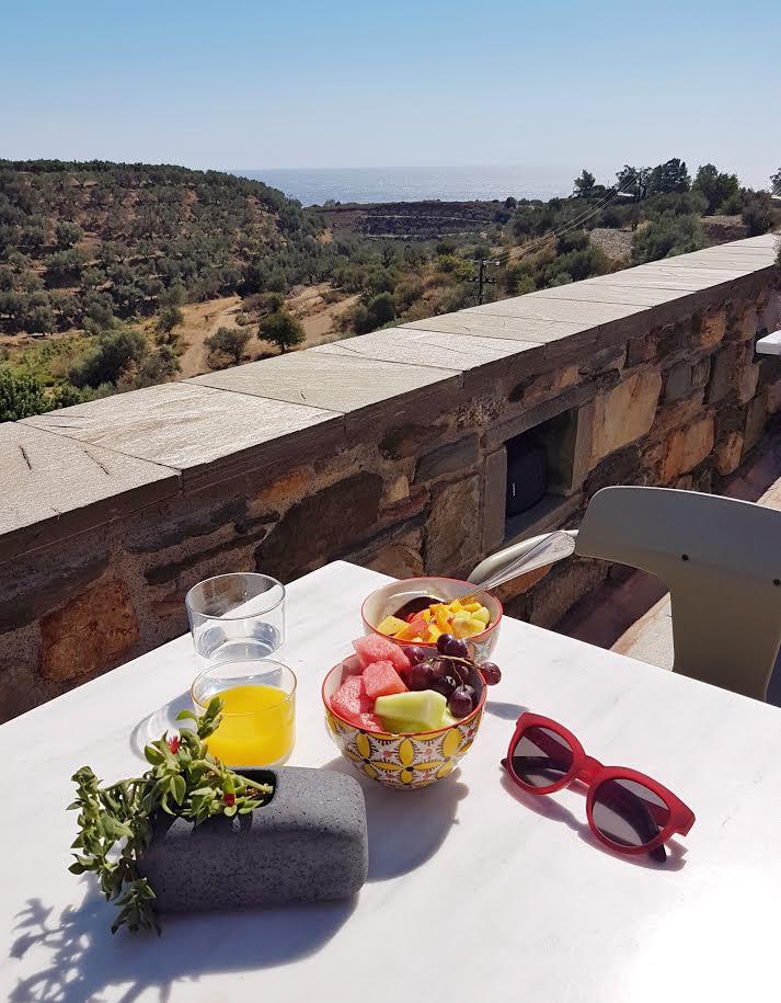 Kinsterna Hotel in Peloponnese